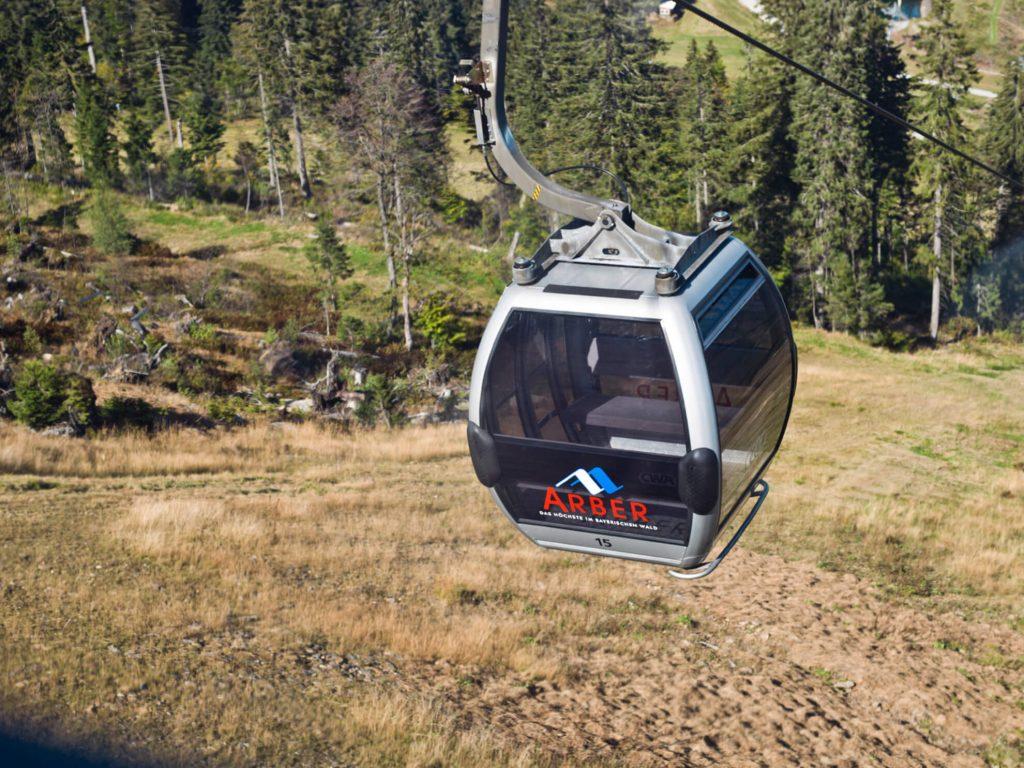 Skilift urbane Seilbahn Bergbahn Schweiger